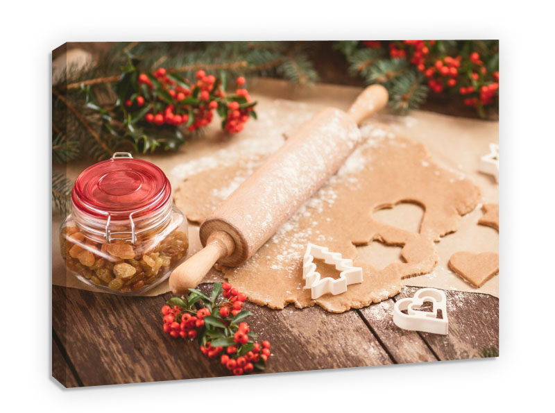 Baking Christmas cookies- Pepanza.ro