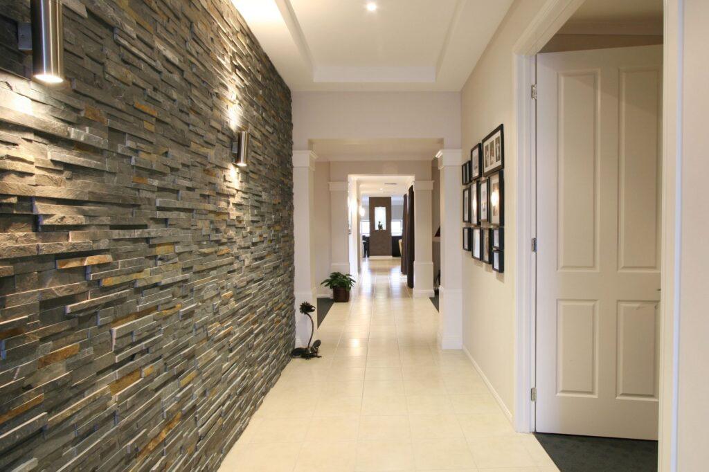 1. Ce decorațiuni să pui pe perete în hol (11)