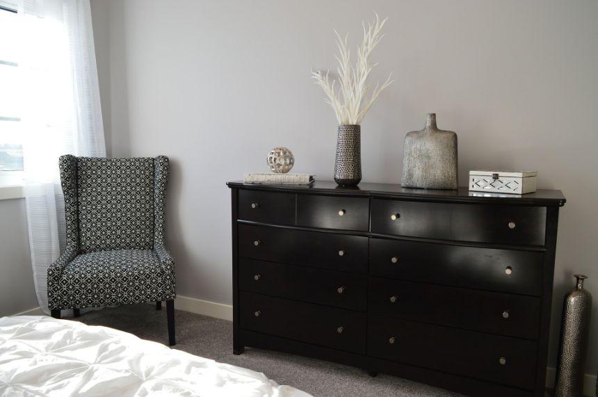 2 Culori pentru un dormitor în stil feng shui culori inchise