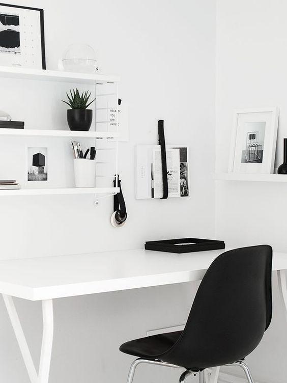 Birou stil minimalist