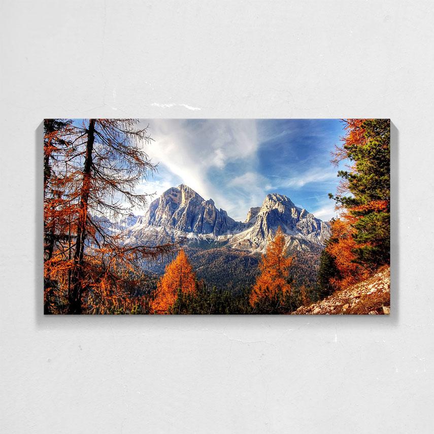 Peisaj de toamna la munte